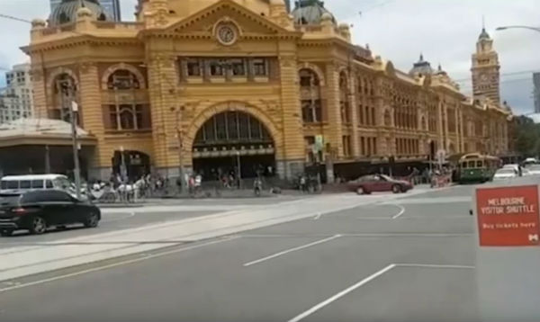 Article image for Pedestrians fleeing from Melbourne CBD incident