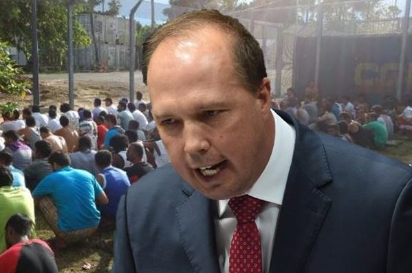 Article image for Immigration Minister talks to Ray Hadley as the PNG army storms Manus Island