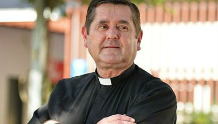 Article image for Father Chris Riley's Christmas gift card drive