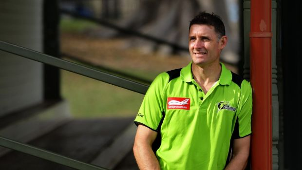 Article image for Mike Hussey predicts controversial wicket