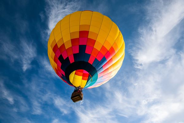 Article image for Is hot air ballooning actually safe?