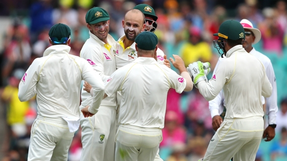 Article image for England wilt in sweltering heat after Aussies declare