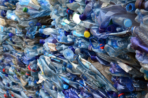 Article image for Should Australia follow the UK with ambitious plastic laws?