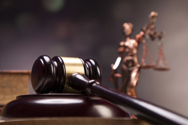 Article image for Fines for crimes | QLD government to avoid sending crims to court