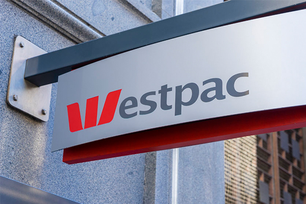 Article image for ANZ and Westpac forced to refund more than $21 million