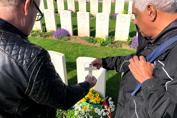Article image for Grandson of fallen indigenous solider breaks down sharing his story