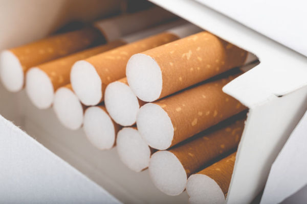 Article image for Australian cigarette prices soar to record highs