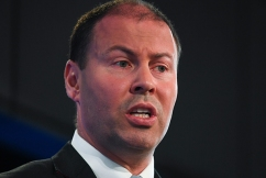 Energy Minister slams AGL over 'irresponsible' decision to export Australian gas