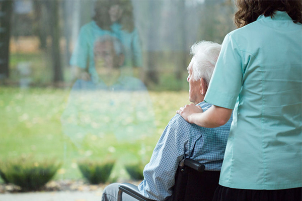 Article image for Royal commission into aged care set to 'shake up the system', says Health Minister