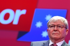 Kevin Rudd given lifetime Labor membership, but senator says all isn't forgiven