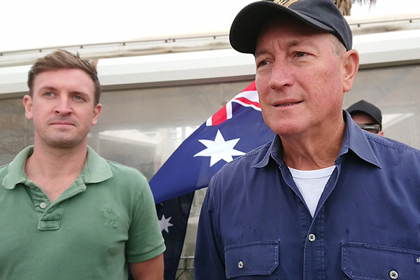 Article image for Tony Abbott condemns Senator Fraser Anning's 'extremist' protest
