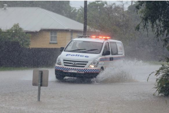Article image for Townsville flooding expected to worsen