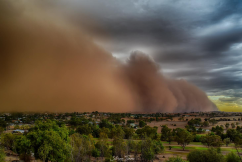 Amazing photos of a NSW dust storm
