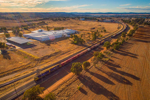 Article image for Major concerns as government forges ahead with $10b inland railway