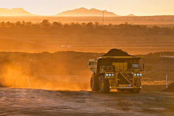 Article image for 'Quite dangerous': QLD Resources Council CEO warns against cancelling mining contracts without compensation