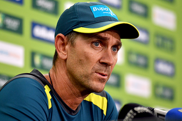 Article image for Justin Langer's 'tough call' on David Warner ahead of Cricket World Cup