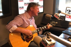 Darren Coggan performs incredible tributes to Glen Campbell and Cat Stevens