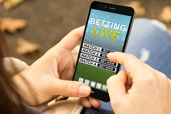 Article image for 'Gambling is our blindspot': Calls for big four banks to ban gambling with credit cards