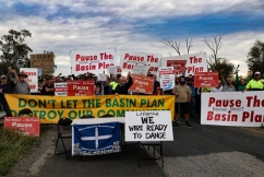 Fed-up farmers marching against the federal government