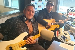 The Wolfe Brothers perform a moving tribute to Aussie veterans live in studio