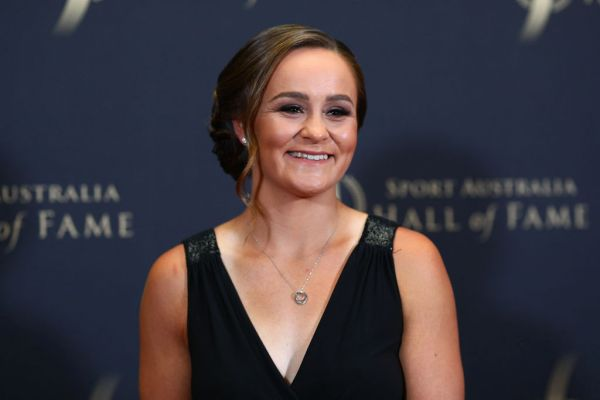 Article image for Ash Barty wins 'The Don' award