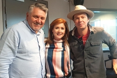 Aussie country music duo reveal unbelievable story behind their success