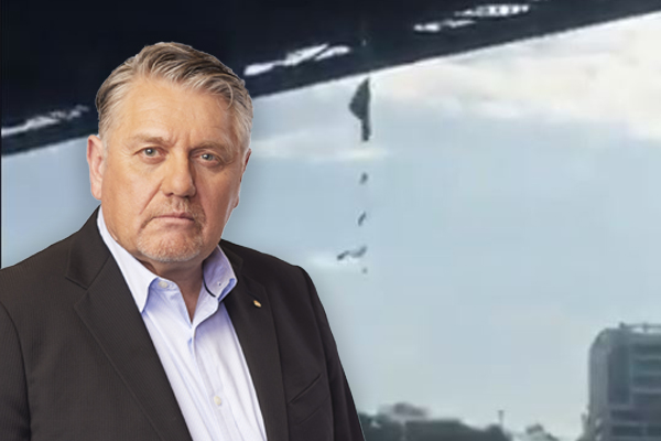 Article image for 'Leave the bastard there!': Ray Hadley's plan for Extinction Rebellion protester