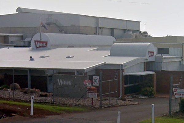 Article image for Iconic QLD Weis Bars factory to close after more than 60 years