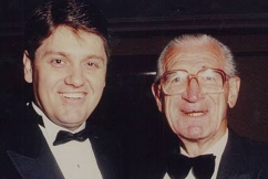 Ray Hadley pays tribute to 'voice of rugby league' Frank Hyde
