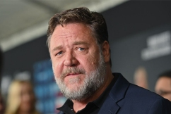 'Climate change based': Russell Crowe shares bushfire message at Golden Globes