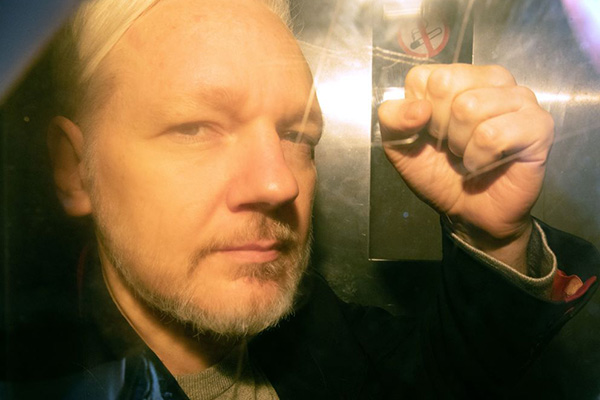 Article image for 'He's our ratbag': Pleas for government to bring Julian Assange 'home'