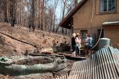 Stranded South Coast residents taking the bushfire recovery upon themselves