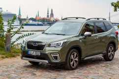 New hybrid power option on Subaru's Forester SUV offers little fuel saving.