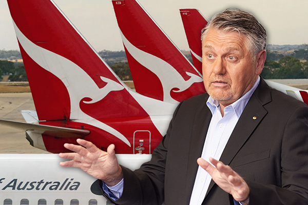 Article image for Ray Hadley comes down on Qantas for 'un-Australian' outsourcing of jobs