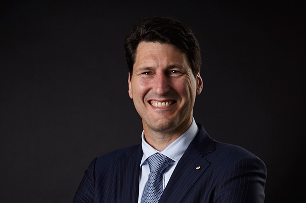 Article image for Rugby union 'legend' John Eales talks sport career following award