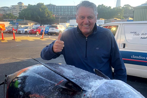 Article image for PHOTOS   Massive 271kg tuna caught off Coffs Harbour