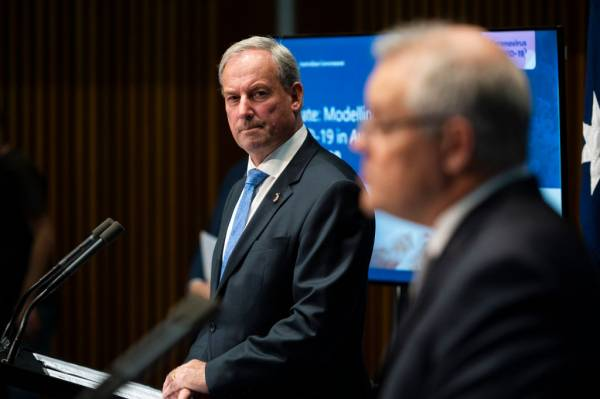 Article image for Labor renews calls for cabinet reshuffle in aged care portfolio