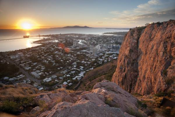 Article image for Townsville reacts to 3-day snap lockdown