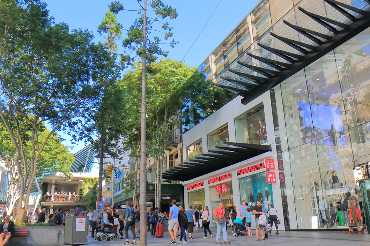 Article image for Retailers brace for $300 million loss as lockdowns hit Queensland