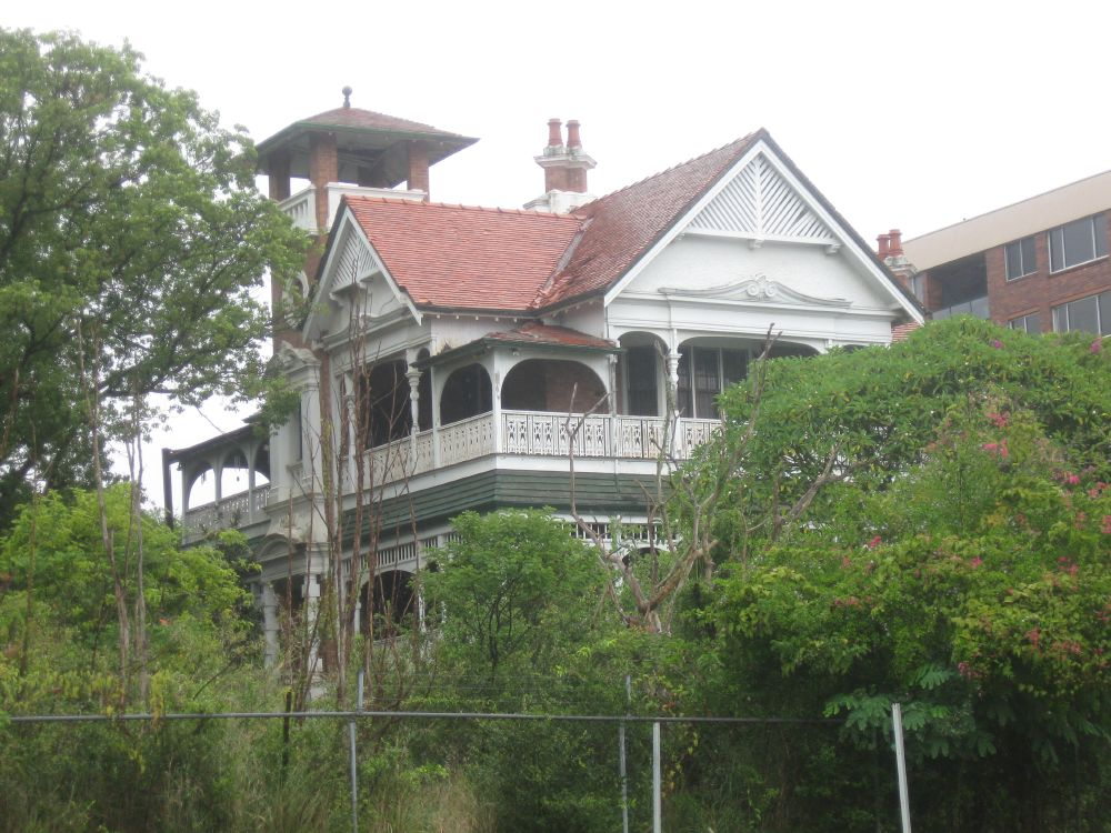 Article image for Joy Lamb not giving up on historic Kangaroo Point 'Home'