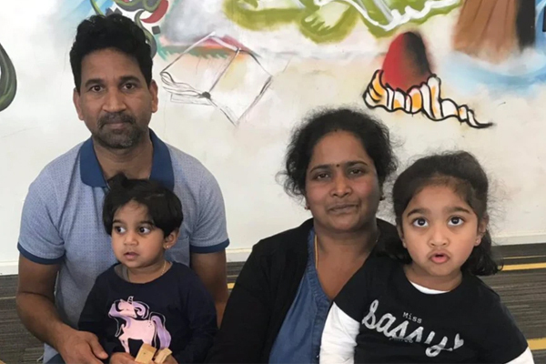 Article image for Friends of Biloela family 'can't stop fighting' against deportation