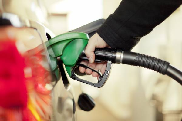 Article image for Drivers should expect petrol prices to rise despite lockdown